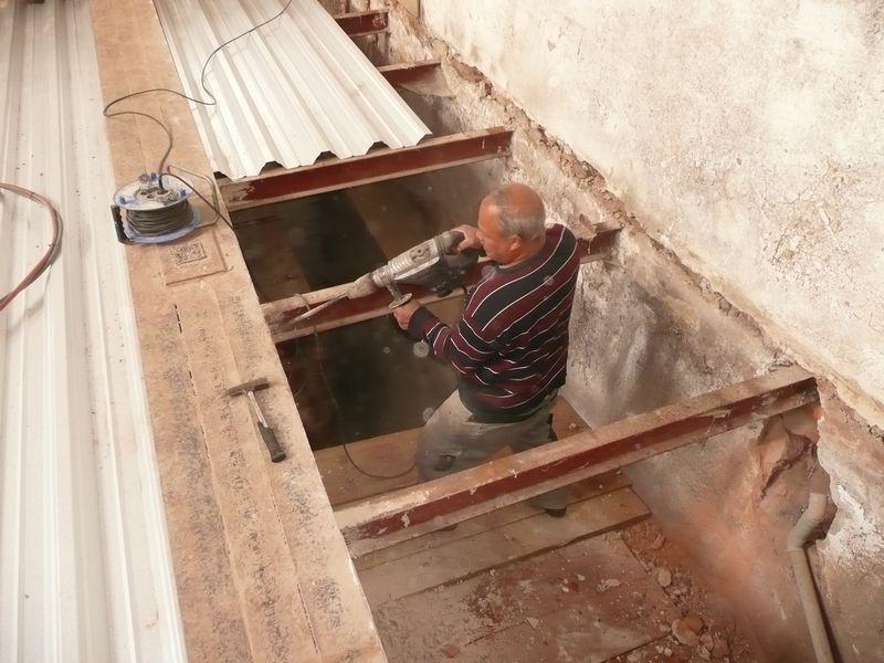 Voor zover een verslag van de voortgang van de verbouwing for Trapgat maken in beton