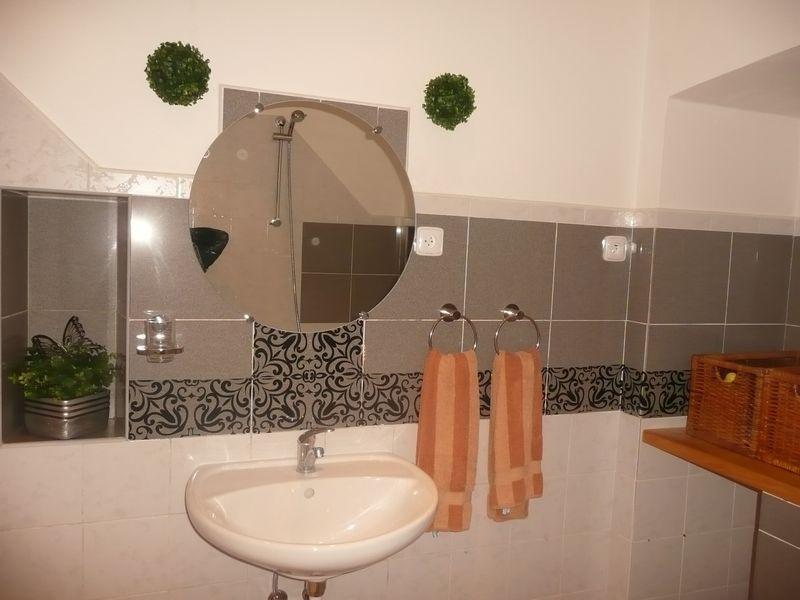 Wasbak badkamer grijze beste inspiratie voor huis ontwerp - Huis wastafel ...