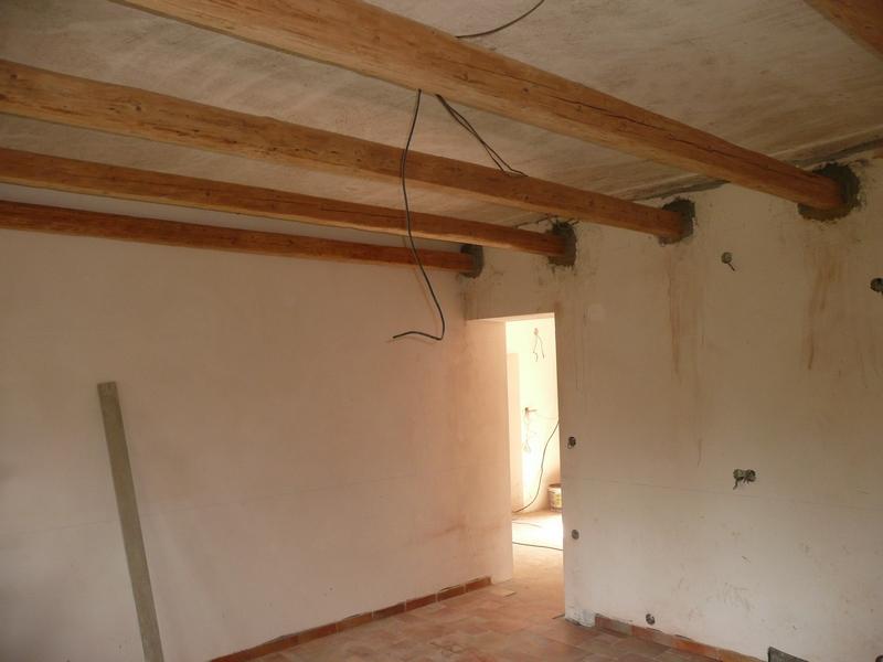Verbouwing toekomstige keuken - Plafond met balk ...